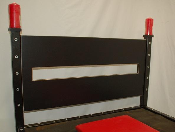 bondage bett. Black Bedroom Furniture Sets. Home Design Ideas